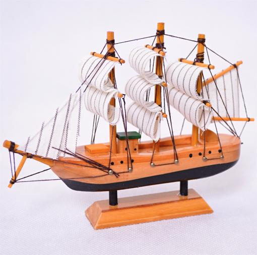 Obrázek z Dřevěný model lodě