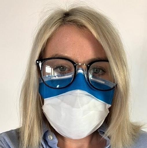 Obrázek z Respirační chirurgická rouška s drátkem a páskem proti zamlžení brýlí
