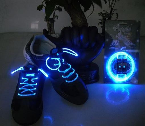 Obrázek z LED svítící tkaničky