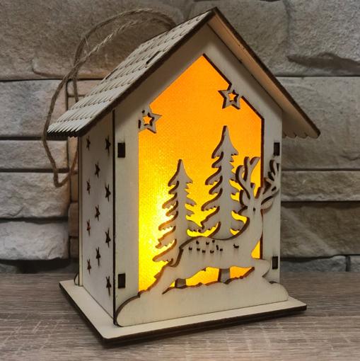 Obrázek z LED závěsná světelná Chaloupka Jeleni, dřevěná dekorace